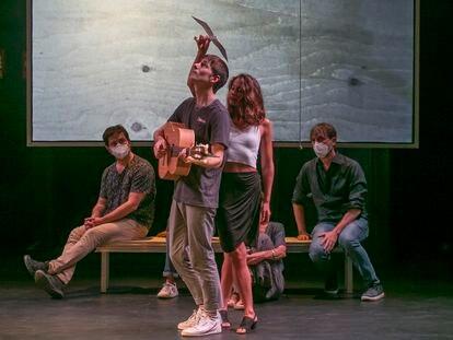Ensayo de 'La gaviota', dirigida por Àlex Rigola, en el Teatro de la Abadía.