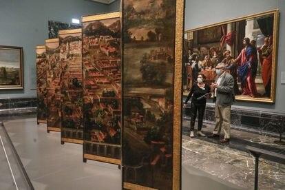 Miguel Falomir, director del Prado, durante la presentación del biombo este martes.