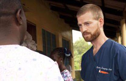 El doctor Kent Brantly, de 33, infectado de ébola en Liberia.