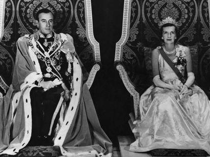Lord y Lady Mountbatten, últimos virreyes de la India, retratados en 1948 justo antes de dejar el país.