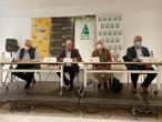 Los responsables de COAG, UPA, Asaja y Cooperativas Agroalimentarias en Andalucía durante el acto en el que han pedido un cambio en el decreto de ayudas de la PAC.