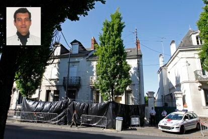 La casa donde residía la familia Dupont, en Nantes, en una imagen de 2011. A la izquierda arriba, un retrato de Xavier Dupont de Ligonnès.