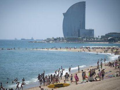 La temporada turística prevé colgar el cartel de lleno, pero la competencia de otros destinos obliga a replantearse el modelo de la industria