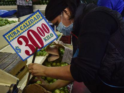Precios en un mercado de Ciudad de México.