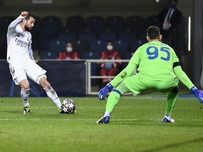 Nacho, en Champions contra el Atalanta.
