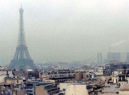 La tasa se aplicará a 260 millones de toneladas de CO2 emitidas cada año.