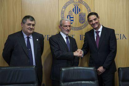 Ricard Martínez, Esteban Morcillo y Óscar Sanz, en la presentación de la nueva cátedra.