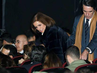 José María Aznar y Ana Botella, a su llegada al concierto de Carla Bruni en el Teatro Nuevo Apolo de Madrid.