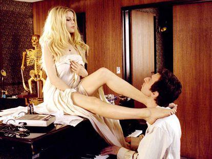 La película sobre la vida de Serge Gainsbourg, un poco agraciado muy sexi.