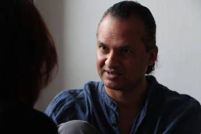 Hitendra Solanki, asesor de 'mindfulness' y bienestar para Acción Contra el Hambre.