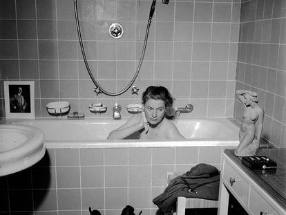 'Lee Miller en la bañera de Hitler' (1945), de Lee Miller y David E. Scherman.