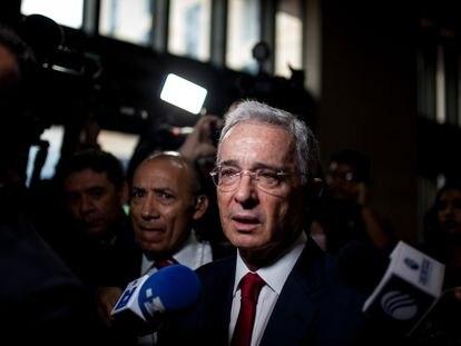 Álvaro Uribe llega a la Corte Suprema de Colombia para declarar, en octubre de 2019.