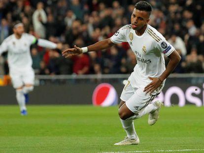 Rodrygo celebra uno de sus goles.