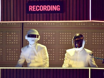 Actuación de Daft Punk en California, en abril de 2014.