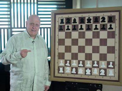 El genial Ivanchuk bombardea al rey del campeón, quien contraataca con tanta precisión como belleza