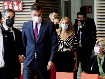 Yolanda Díaz y Pedro Sánchez, el 27 de septiembre en Santander (Cantabria).