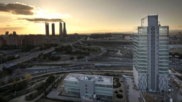 Torre Chamartín en Madrid, uno de los edificios de Merlin Properties en la capital.