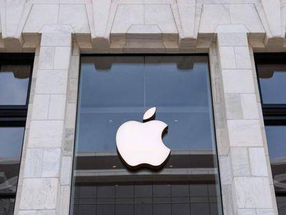 Fachada de una tienda de Apple.