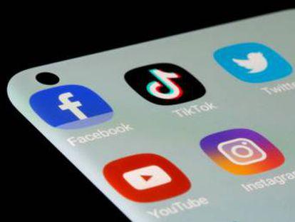 Logos de Facebook, YouTube, Instagram...