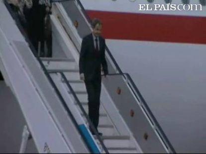 El presidente del Gobierno español, José Luis Rodríguez Zapatero, ha llegado esta tarde a Lisboa para participar en 61º cumbre de jefes de Estado y de Gobierno de la OTAN. Rodríguez Zapatero ha llegado al aeropuerto de la capital portuguesa, acompañado por la ministra de Asuntos Exteriores, Trinidad Jiménez, y la de Defensa, Carme Chacón.