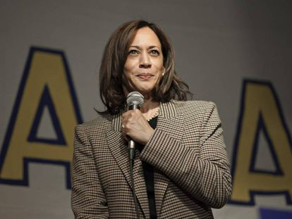 La senadora Kamala Harris.