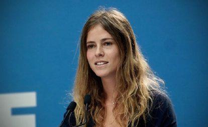 La única diputada del PP en el País Vasco, Beatriz Fanjul, durante una rueda de prensa.