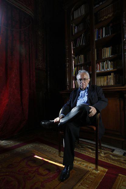 Carlos Monsiváis (Ciudad de México, 1938-2010), en una imagen de 2008 en Casa de América, Madrid.