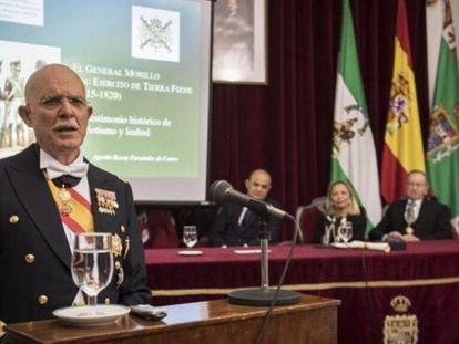 El general de brigada Agustín Rosety Fernández de Castro, a la izquierda.