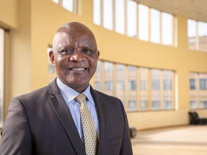 El virólogo John Nkengasong, premio Goalkeepers 2020.
