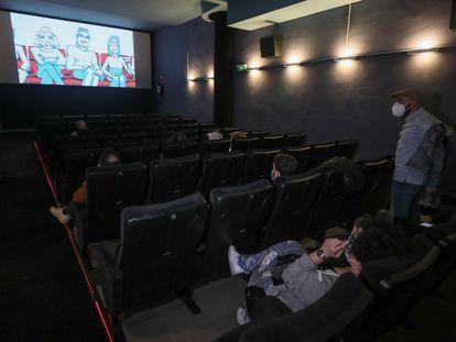Apertura de los cines Renoir de Madrid durante la fase 2 con la proyección matinal de la película 'Little Joe', el pasado verano.