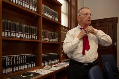 Thomas Alrutz, miembro del consejo de la biblioteca pública de Newark.