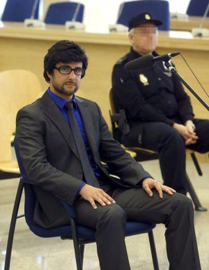 Hervé Falciani, con peluca y gafas, en la Audiencia Nacional.