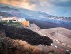La Palma 20/0921 20/0921 La lava atraviesa la localidad de El Paso (La Palma) del volcán Cumbre Vieja que entró el domingo en erupción.