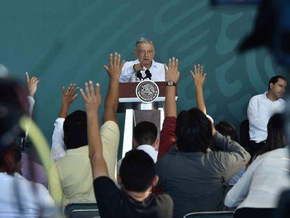 El presidente de México, Andrés Manuel López Obrador, durante una conferencia de prensa en el Estado de Yucatán.