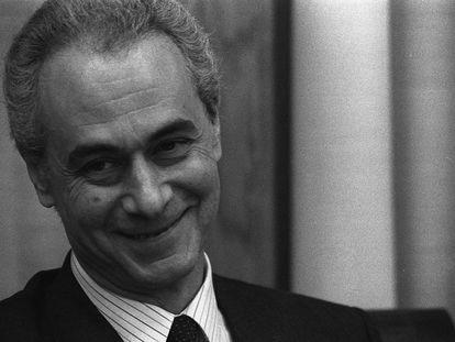 Guillermo Galeote en una comparecencia en la comisión de financiación de los partido políticos en el Congreso, en 1994. LUIS MAGÁN