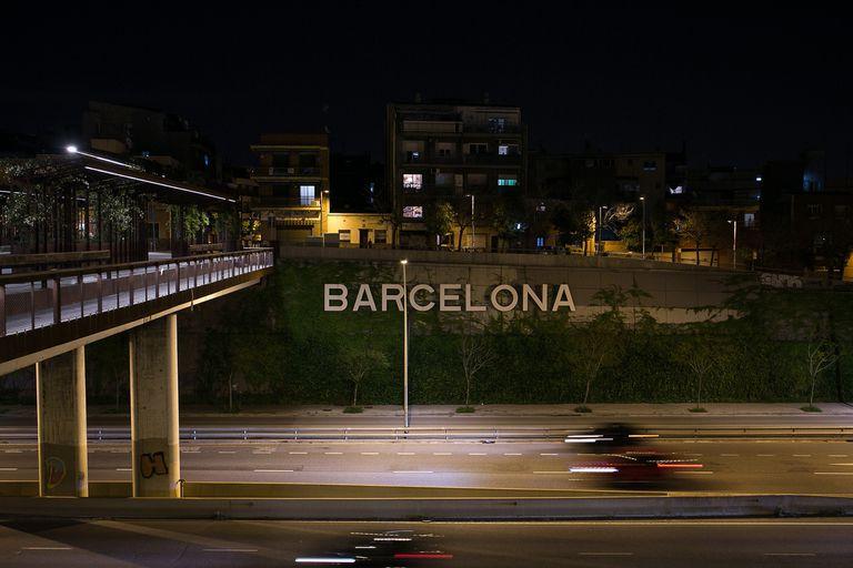 El acceso a Barcelona por la Meridiana, en abril pasado, en pleno confinamiento.