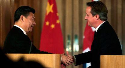 Xi Jinping y David Cameron, en el 10 de Downing Street.