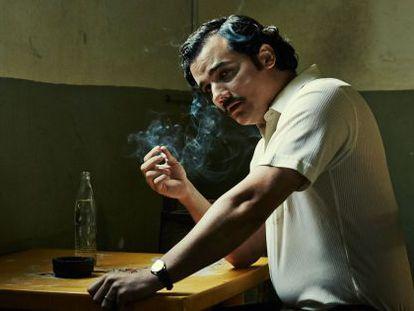 El actor Wagner Moura caracterizado como Pablo Escobar en la serie 'Narcos'.