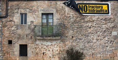 Pancarta contra el 'fracking' en Quintanilla-Sobresierra (Burgos).