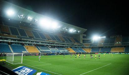 El estadio Ramón de Carranza vacío, Cádiz.