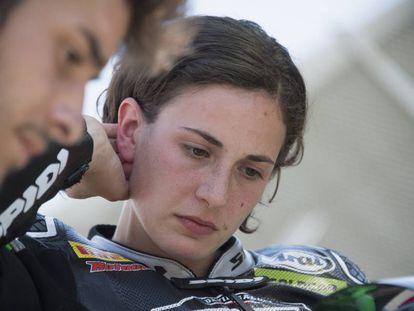 Ana Carrasco, en la parrilla de salida antes dar comienzo la carrera en Imola (Italia).