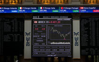 Panel de cotizaciones en la Bolsa de Madrid