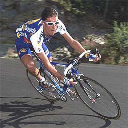 José María Jiménez, en una etapa de la Vuelta de 2001.