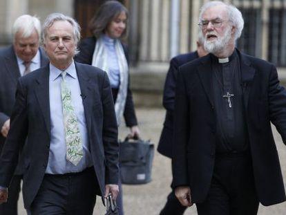 Richard Dawkins y Rowan Williams, a su llegada a la Universidad de Oxford.