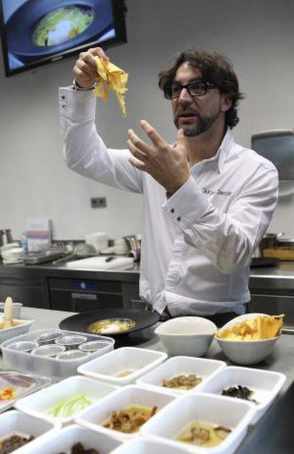 El cocinero Quique Dacosta imparte clase en el Basque Culinary Center.