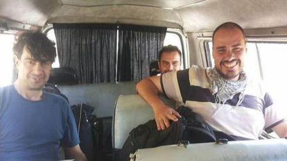 José Manuel López, Ángel Sastre y Antonio Pampliega, en Siria, antes de ser secuestrados.