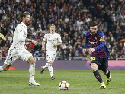 Ramos y Messi, en el último clásico.