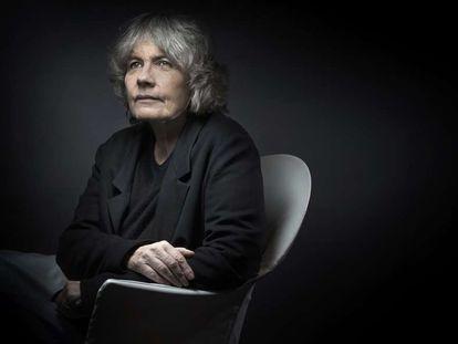La escritora francesa Fred Vargas.