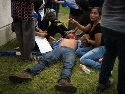 Marcha de las Madres de Nicaragua, el 30 de mayo de 2018, que fue atacada por huestes de Daniel Ortega, que dejaron varios muertos.