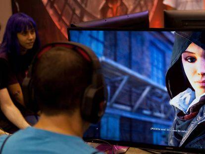 Un jugador de 'Assassin's Creed Syndicate'.